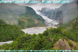 Franz Josef Glacier, the Alpine glacier in the western coast of New Zealand
