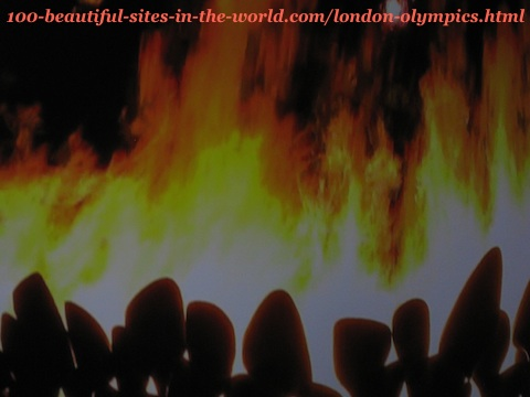 London Olympiad 2012. The fires of the 205 copper petals of the torches before raising them to make the main big torch