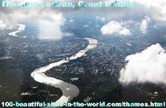 The Beautiful Basin of the Thames River (نهر التيمز), London, England.